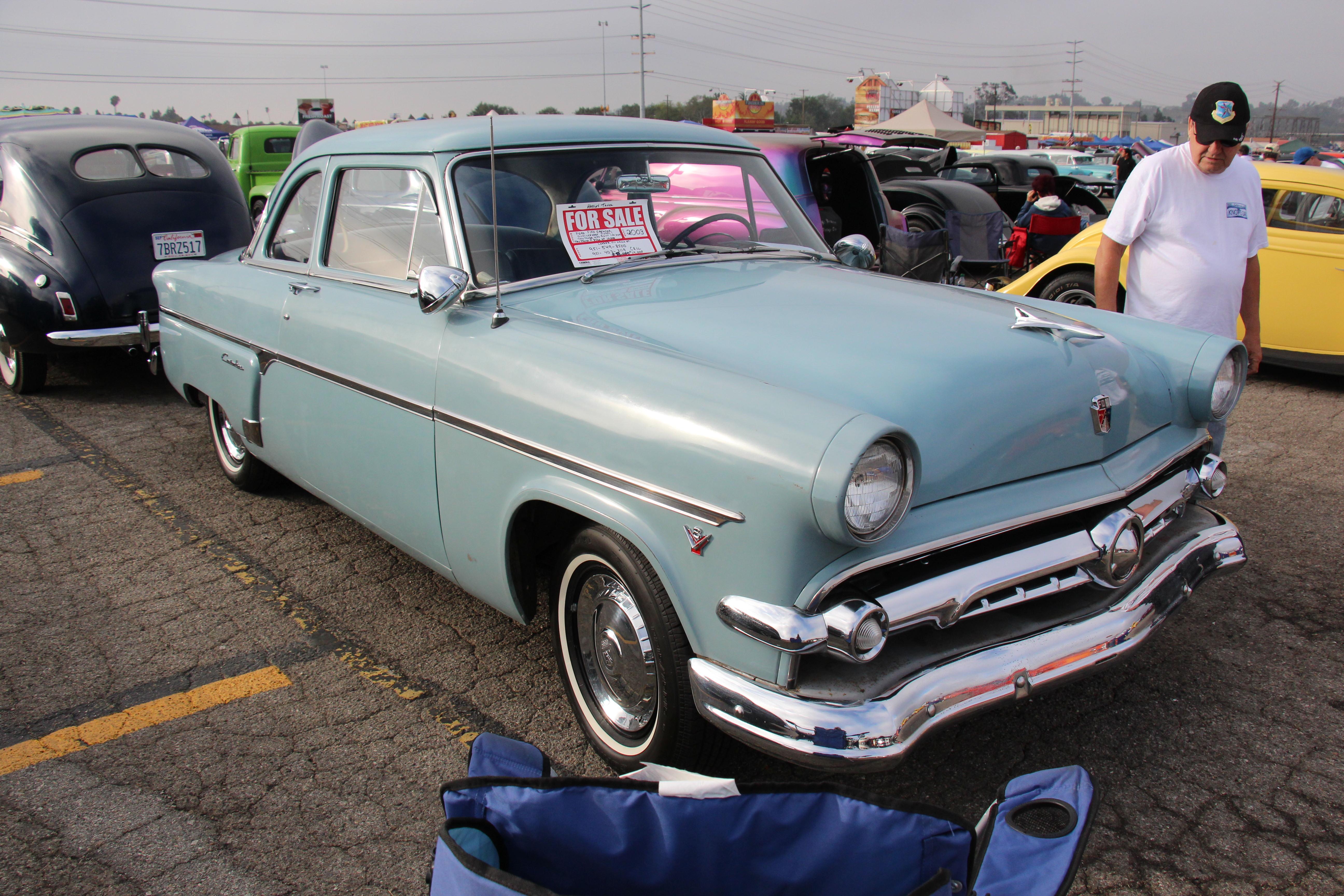 File1954 Ford Customline 2 door Sedan 21053001795jpg