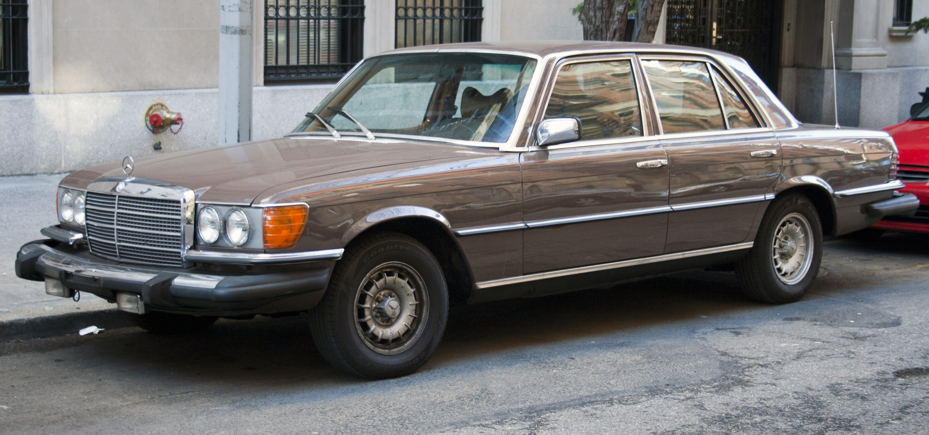 File1979 Mercedes 300SD 116120jpg  Wikimedia Commons