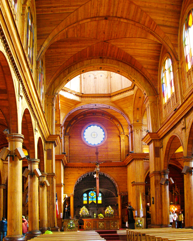File:20080110 Interior, Iglesia de San Francisco, Castro, Isla ...
