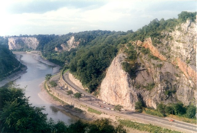 Avon Gorge from the bridge - geograph.org.uk - 83676