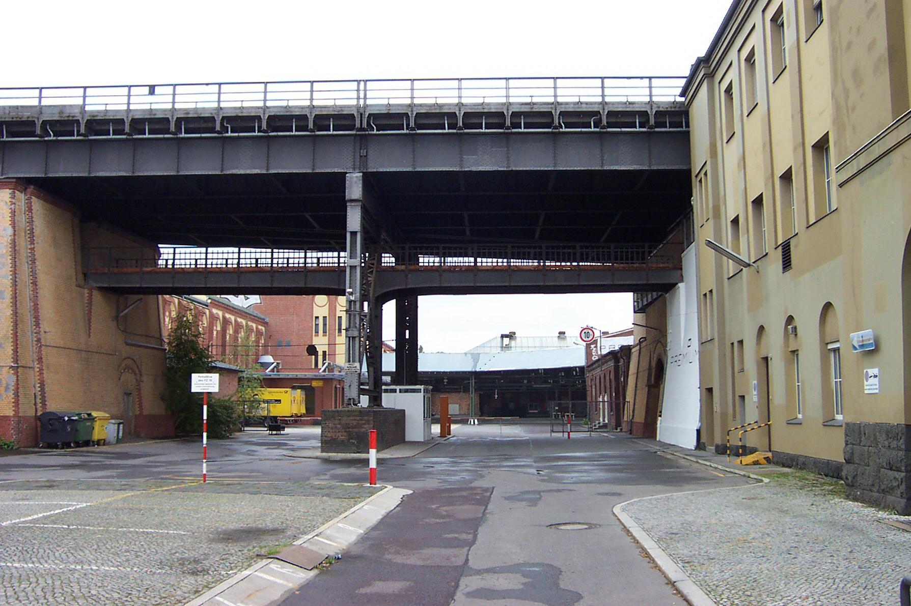 Berlin dresdner bahnhof for Berlin to dresden train
