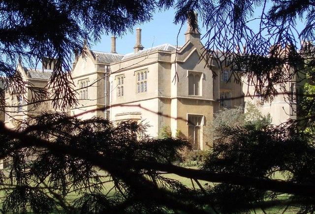 Chapel Cleeve Manor Wikipedia