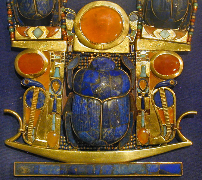 Bijou de la tombe de Toutânkhamon (musée du Caire Egypte) (1815591264)