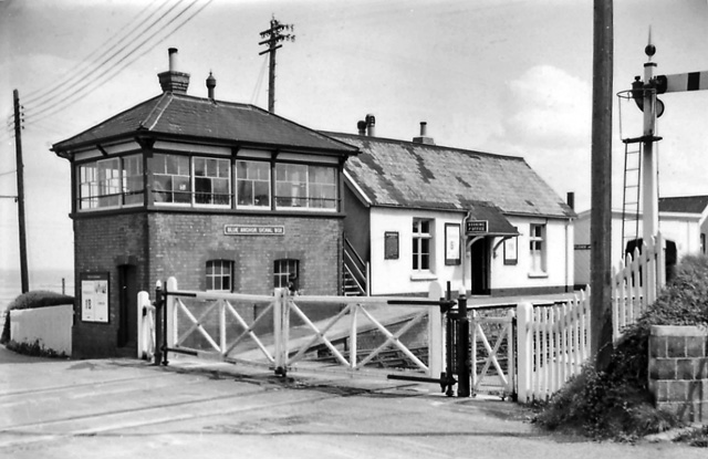 File:Blue Anchor 1 Station 1836689 4f72df3c.jpg