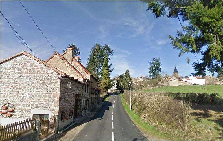 Bois-Sainte-Marie, Saône-et-Loire, Burgondy, France. On the D79 road, south of the village, looking north: route de la Grande Vachère.