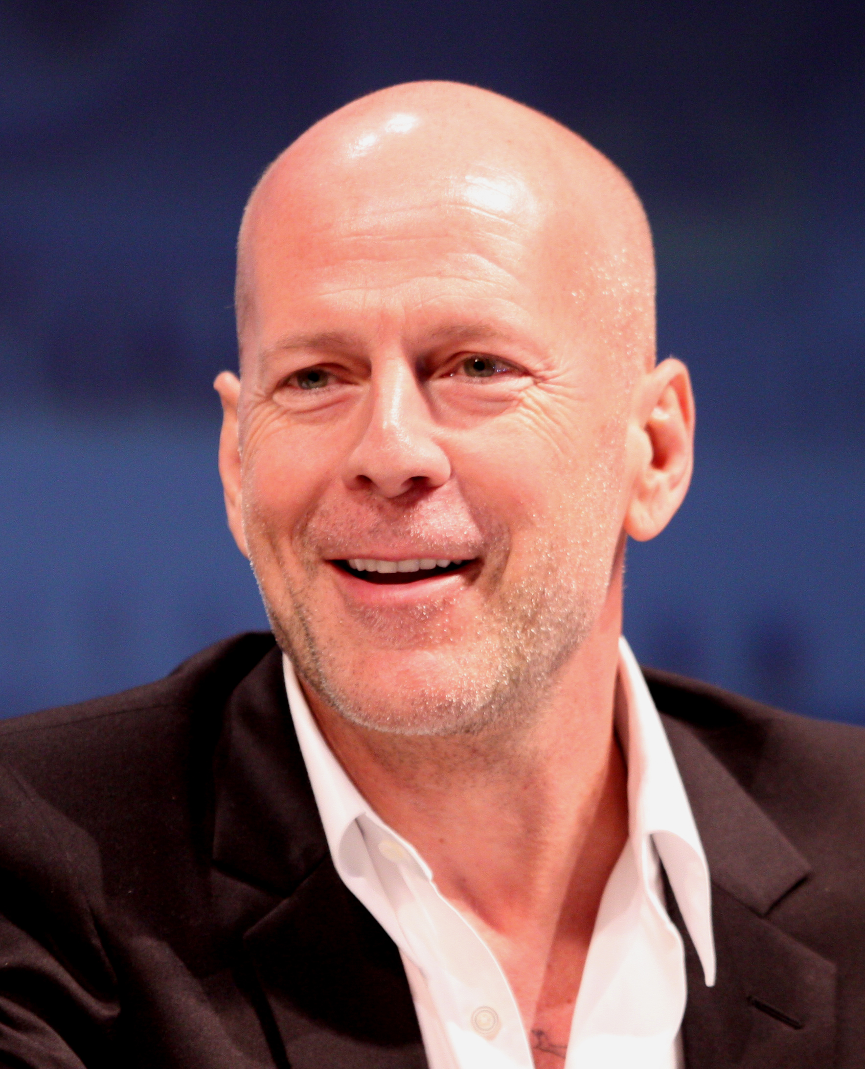 The 63-year old son of father David Willis and mother Marlene K. Bruce Willis in 2018 photo. Bruce Willis earned a  million dollar salary - leaving the net worth at 180 million in 2018