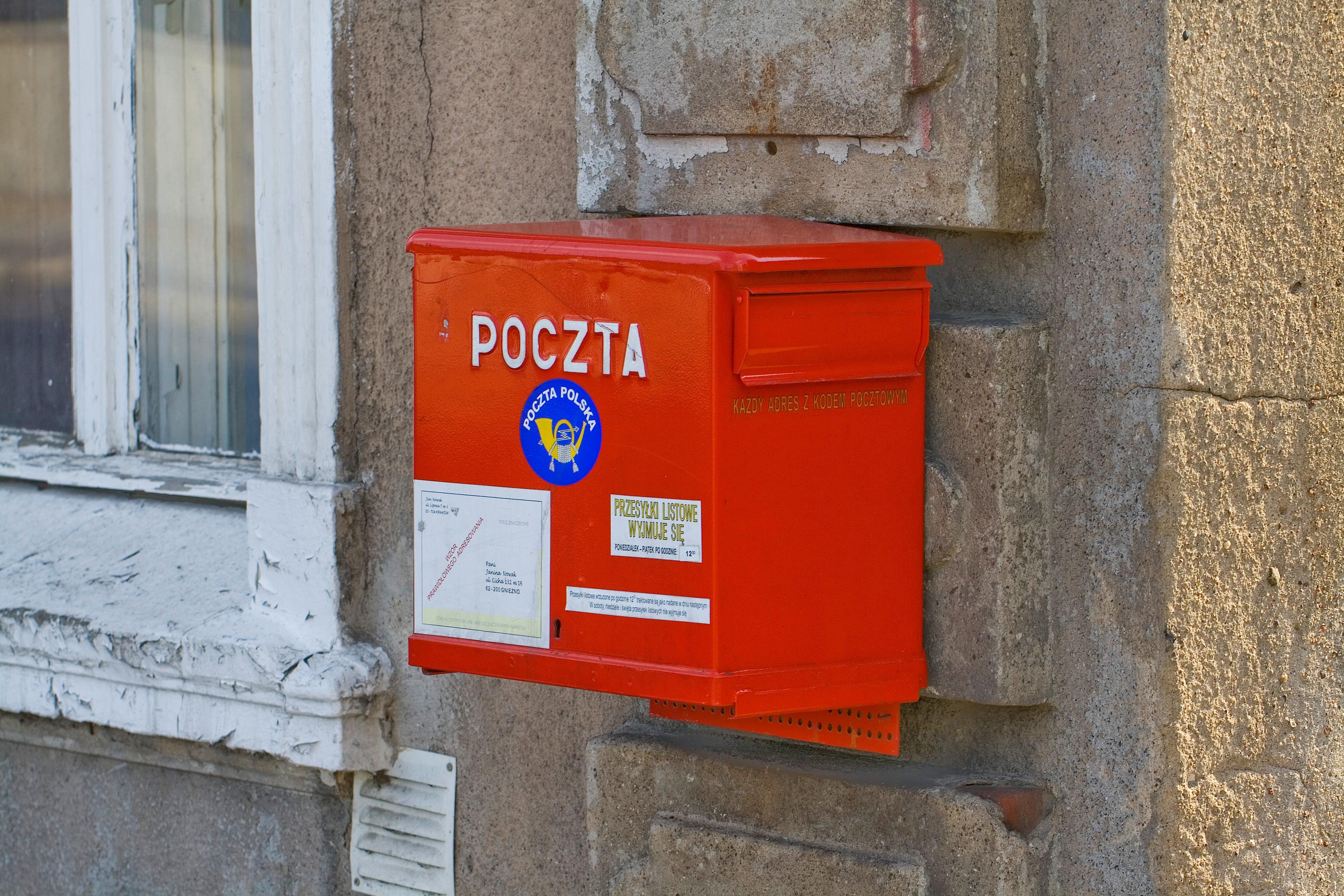 File buz n de correos gniezno polonia 2012 04 06 dd 01 - Buzon de correos ...