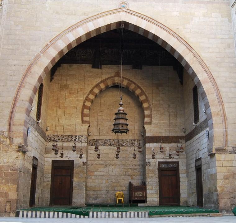 Cairo - Sultan Ashraf Barsbey Mosque - Arch.JPG