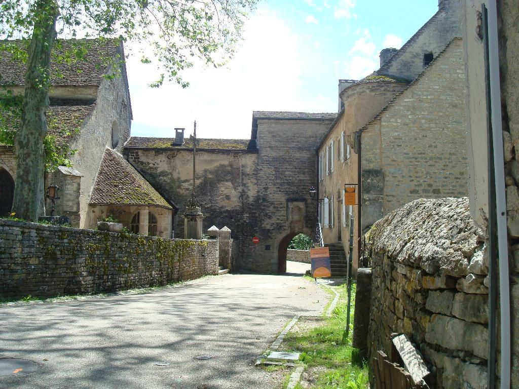 Château-Chalon10-porte.JPG