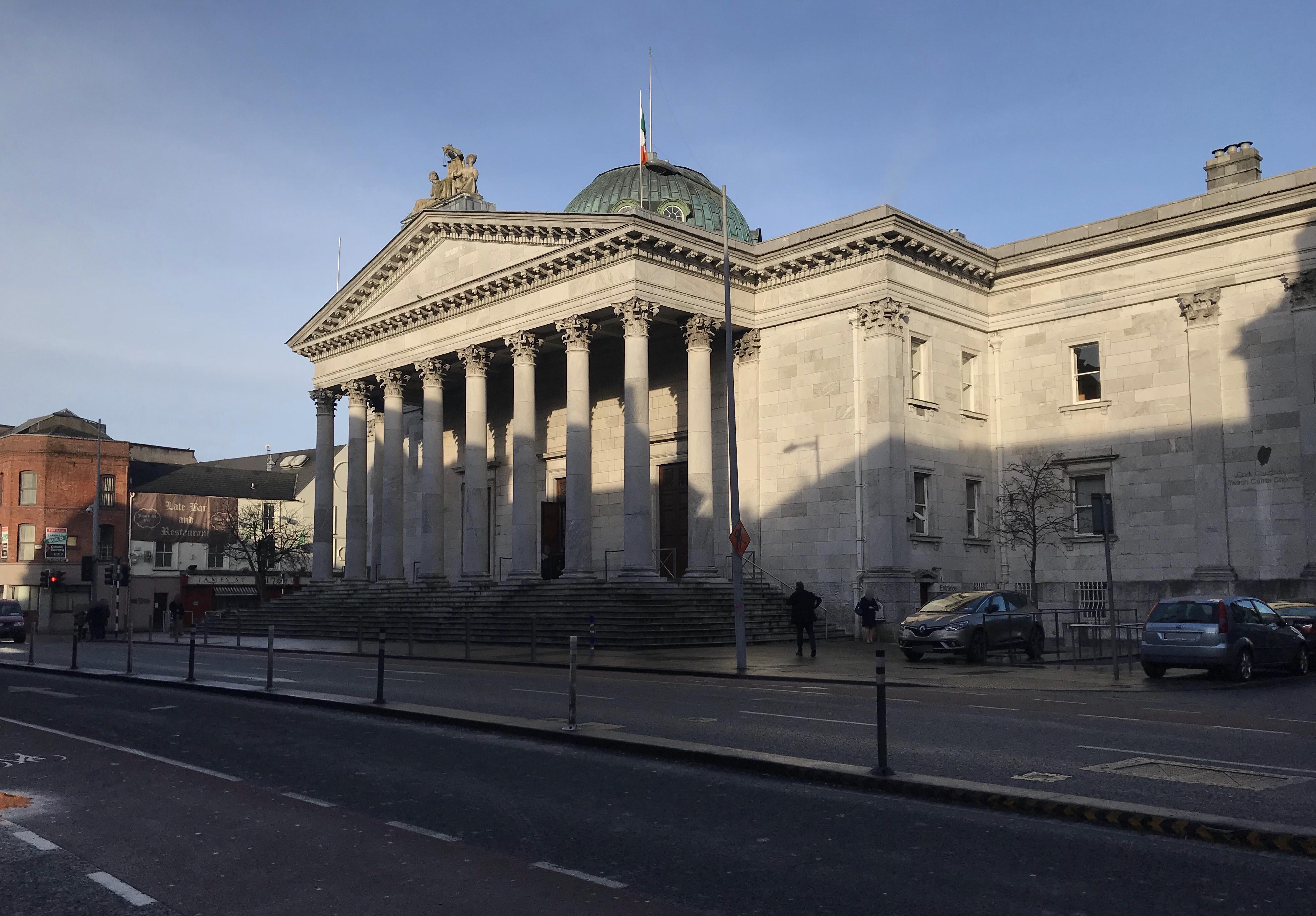 Cork_Courthouse%2C_Washington_Street.jpg