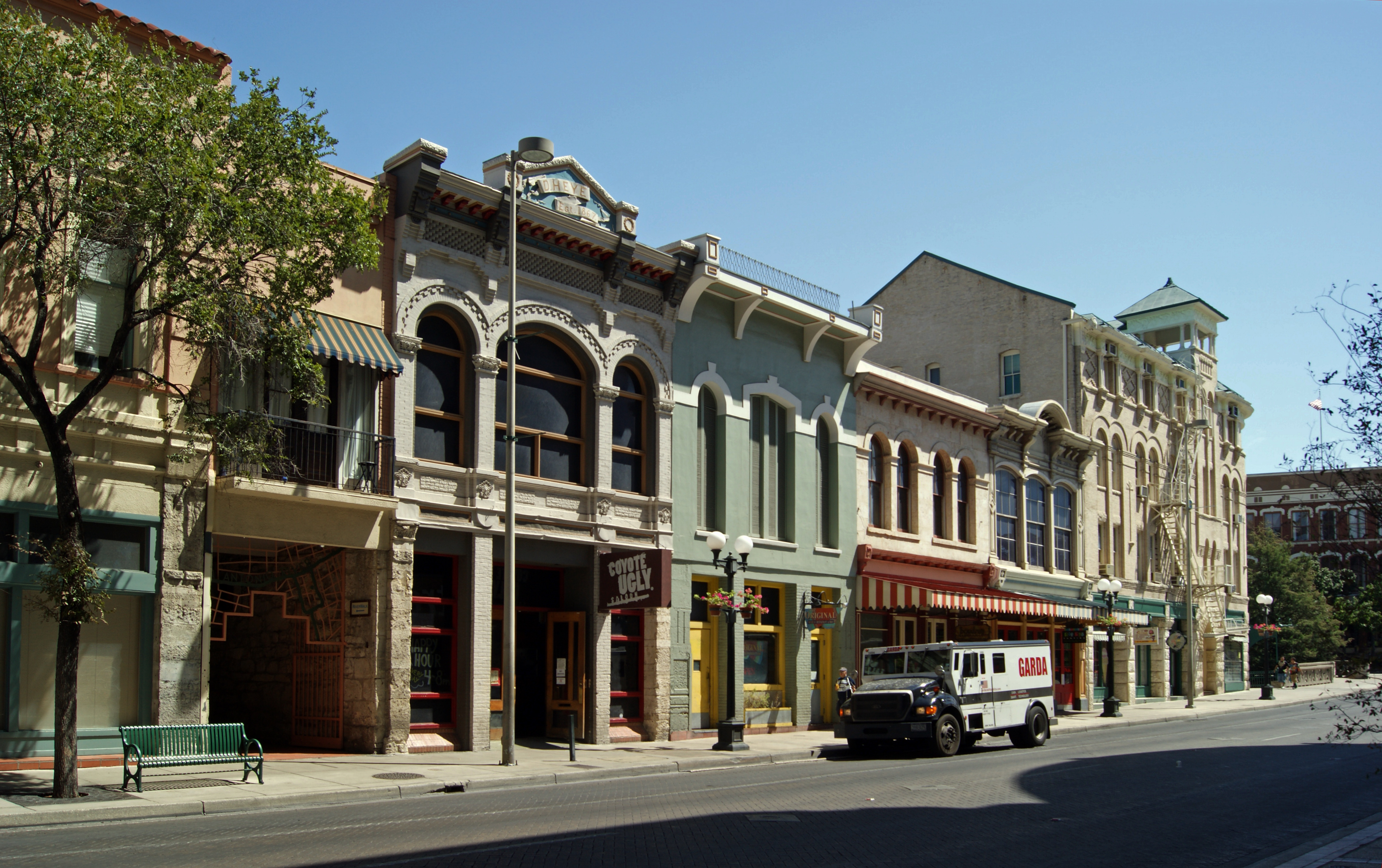 La Quinta Riverwalk Hotel San Antonio