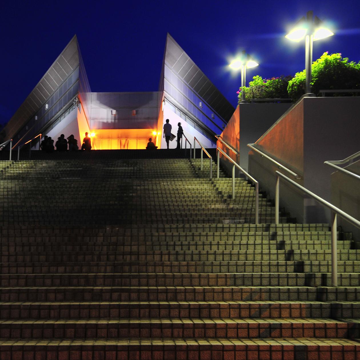 File Entrance To The Singapore Indoor Stadium Jpg
