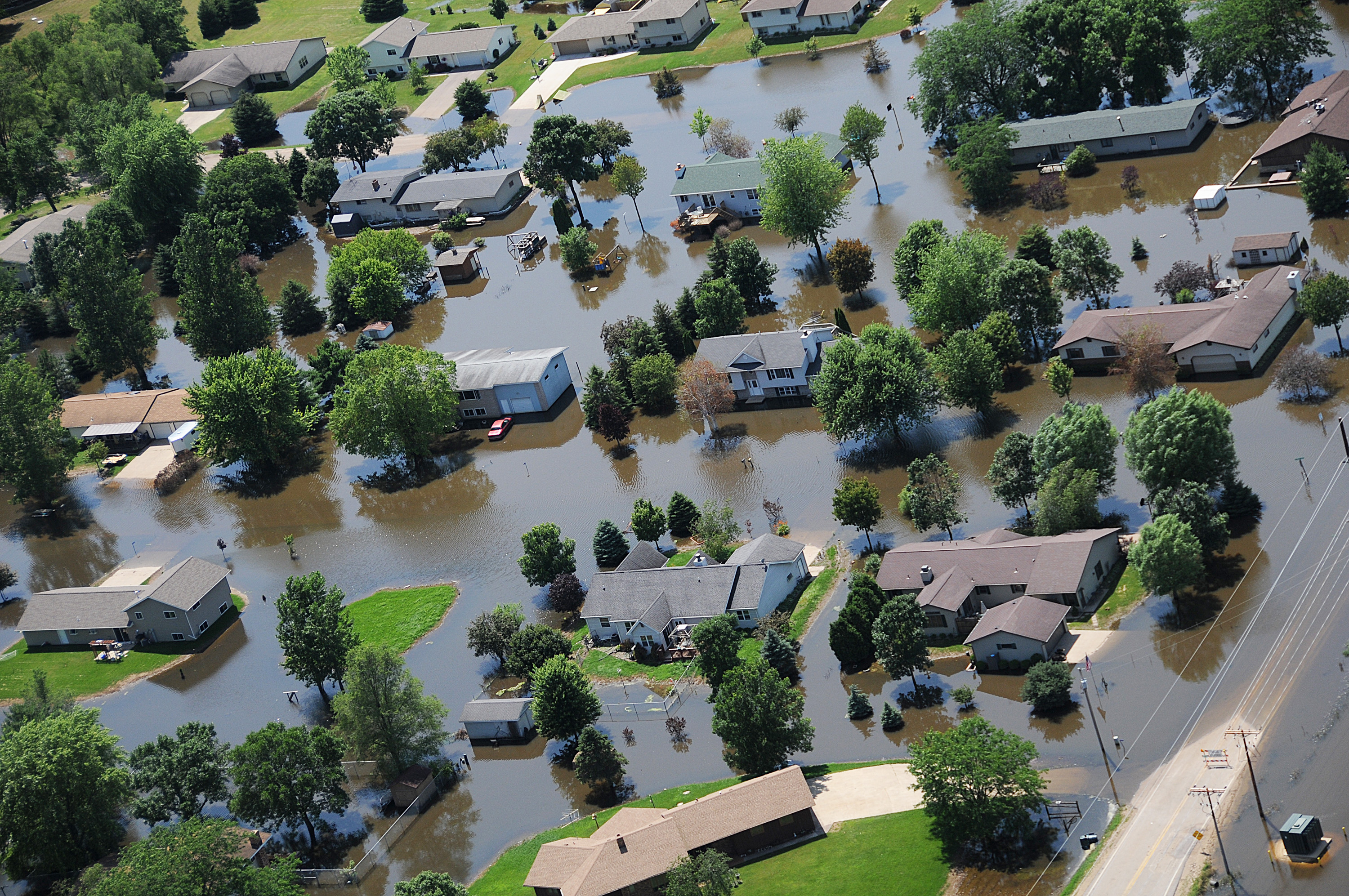 File Fema 37141 Aerial Of Flooded Homes In Wisconsin
