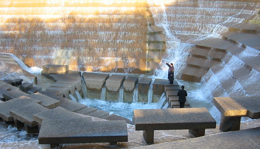 Fort Worth Water Gardens - Wikipedia