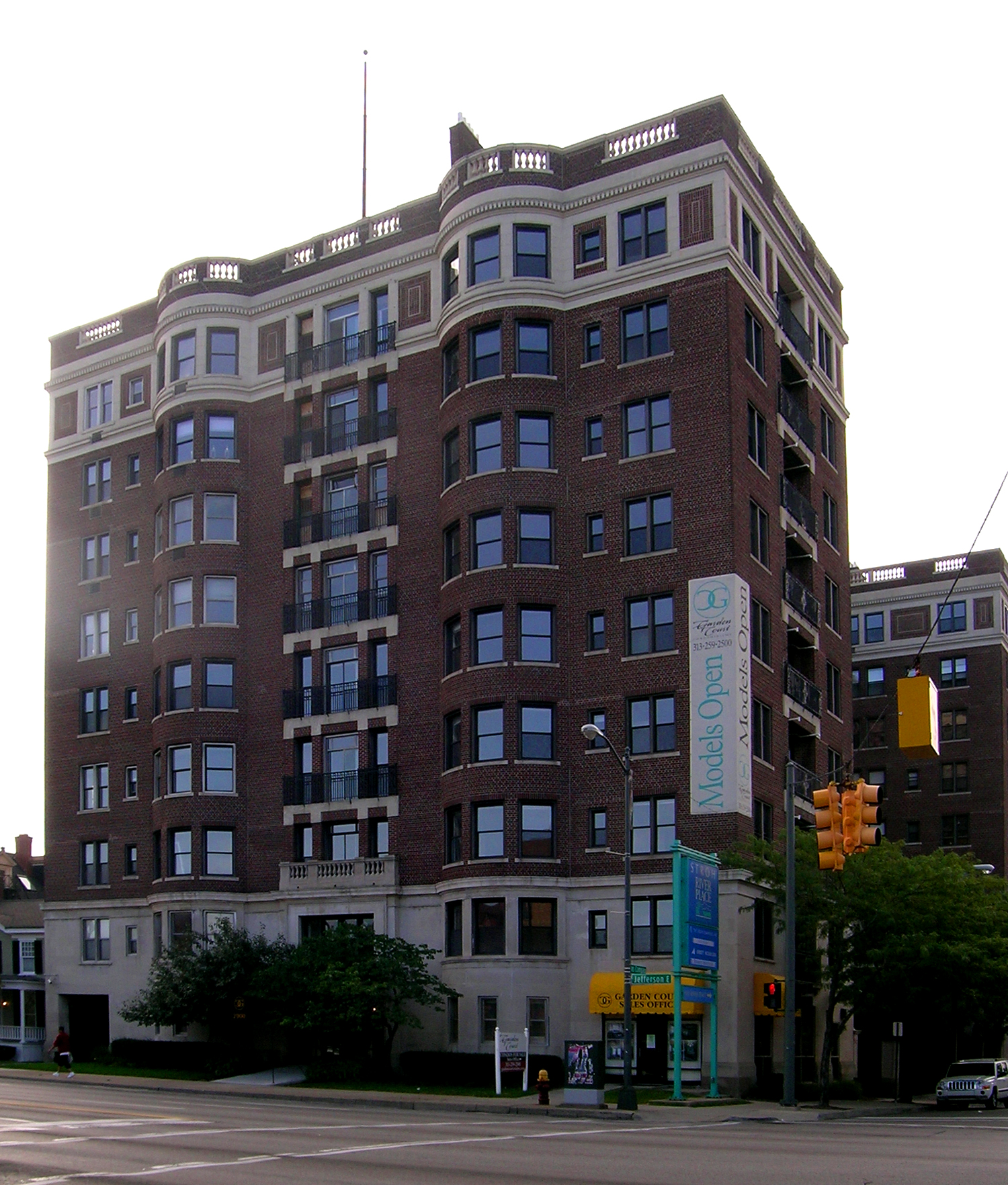 The Jefferson Apartments: Garden Court Apartments (Detroit, Michigan)