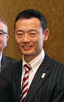 Hiroshi Nakada cropped 2 William Hague and Members of the UK-Japan 21st Century Group 20130502.jpg