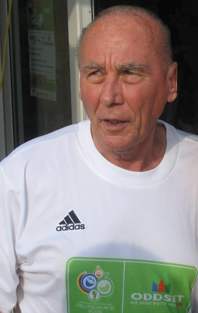 Horst Eckel Größe