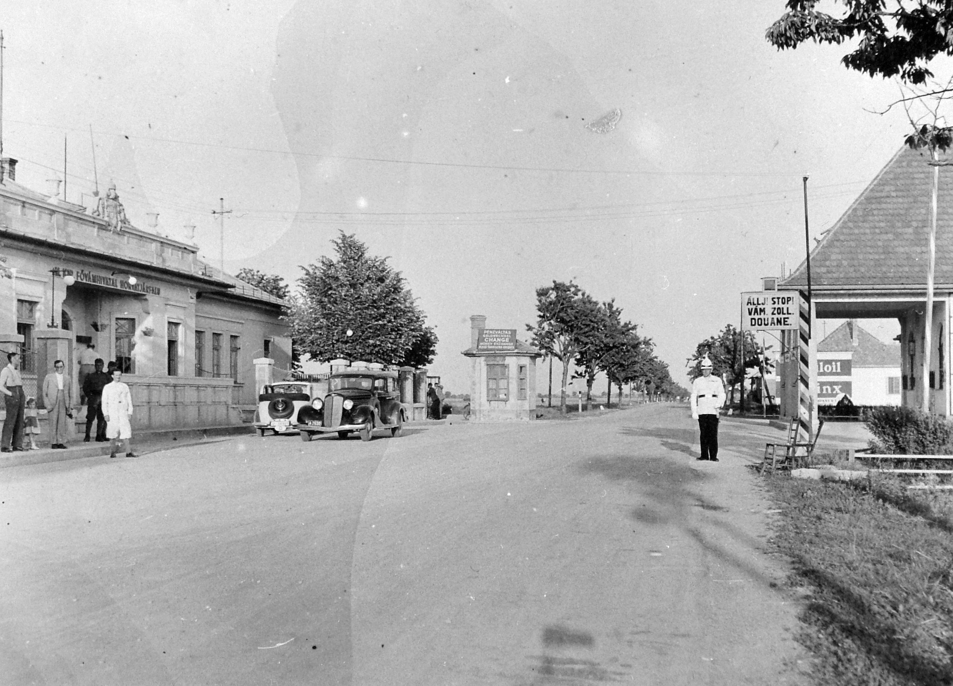 File:Horvátjárfalu (ekkor önálló település), határátkelő Ausztria felé.  Fortepan 2698.