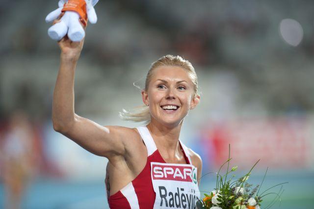 Drechsler nude heike Category:Jumping females