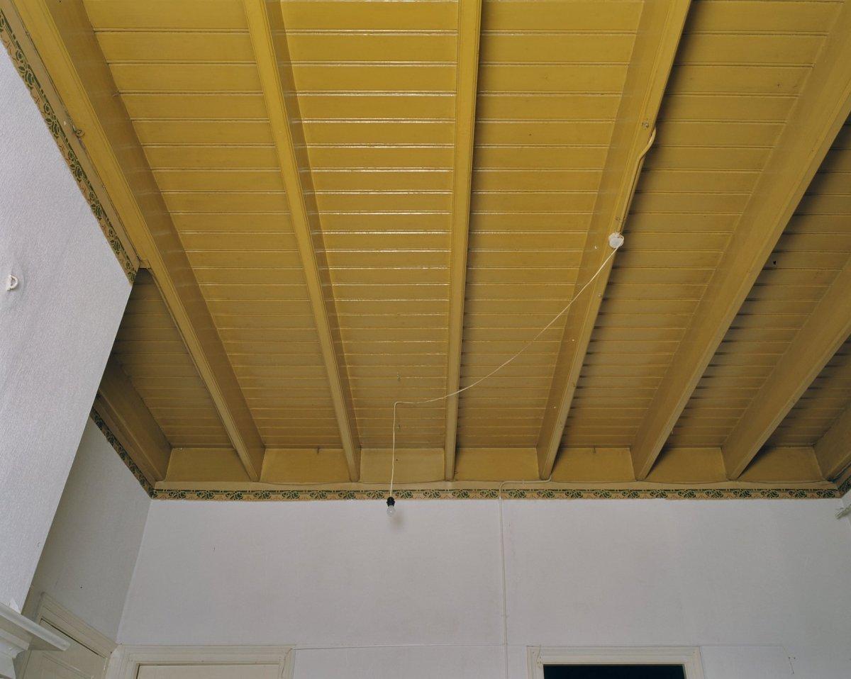 File interieur balkenplafond in de woonkamer deurningen for Interieur woonkamer
