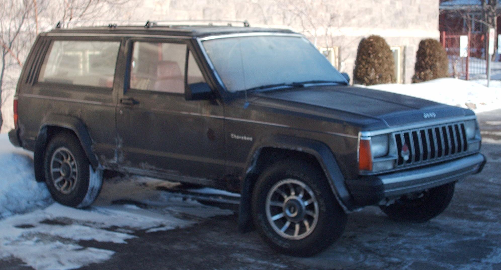 File Jeep Cherokee Xj 2 Door Jpg Wikimedia Commons