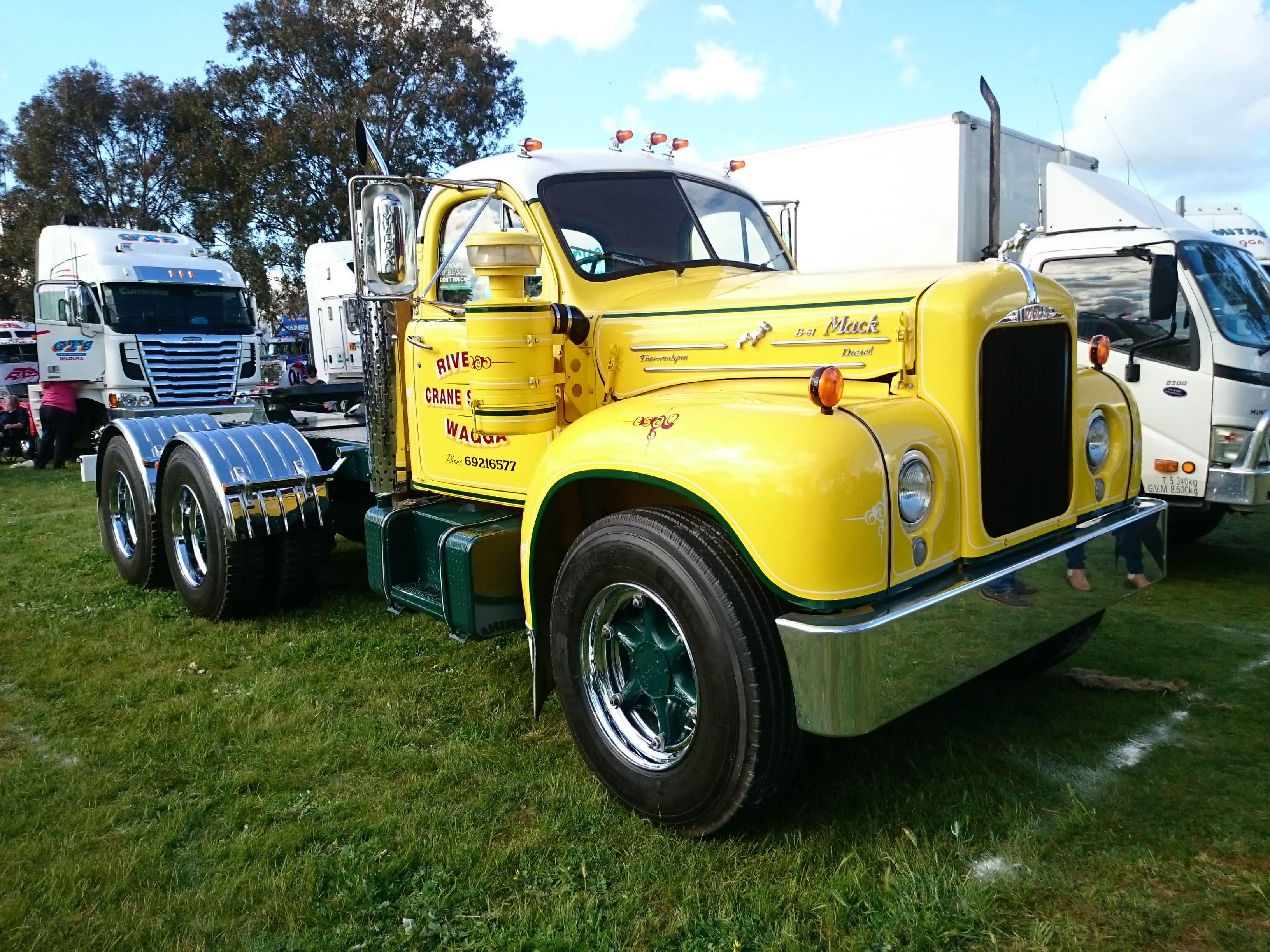 The Top Ten Coolest Old Trucks