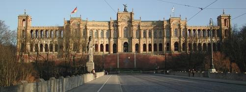Maximilianeum.jpg
