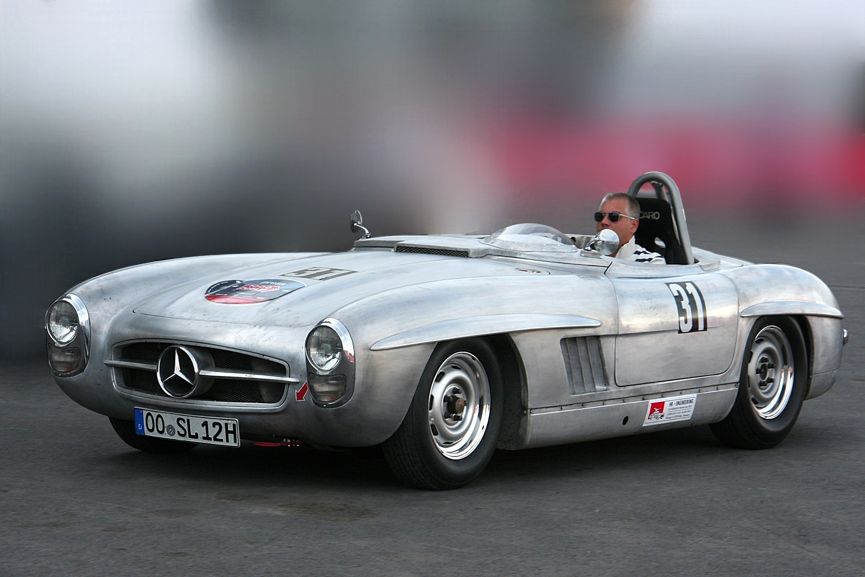 File:Mercedes-Benz 300 SLS (Umbau SL Roadster, Bj. 1957) 2009-08-07 ret2.jpg - Wikimedia Commons