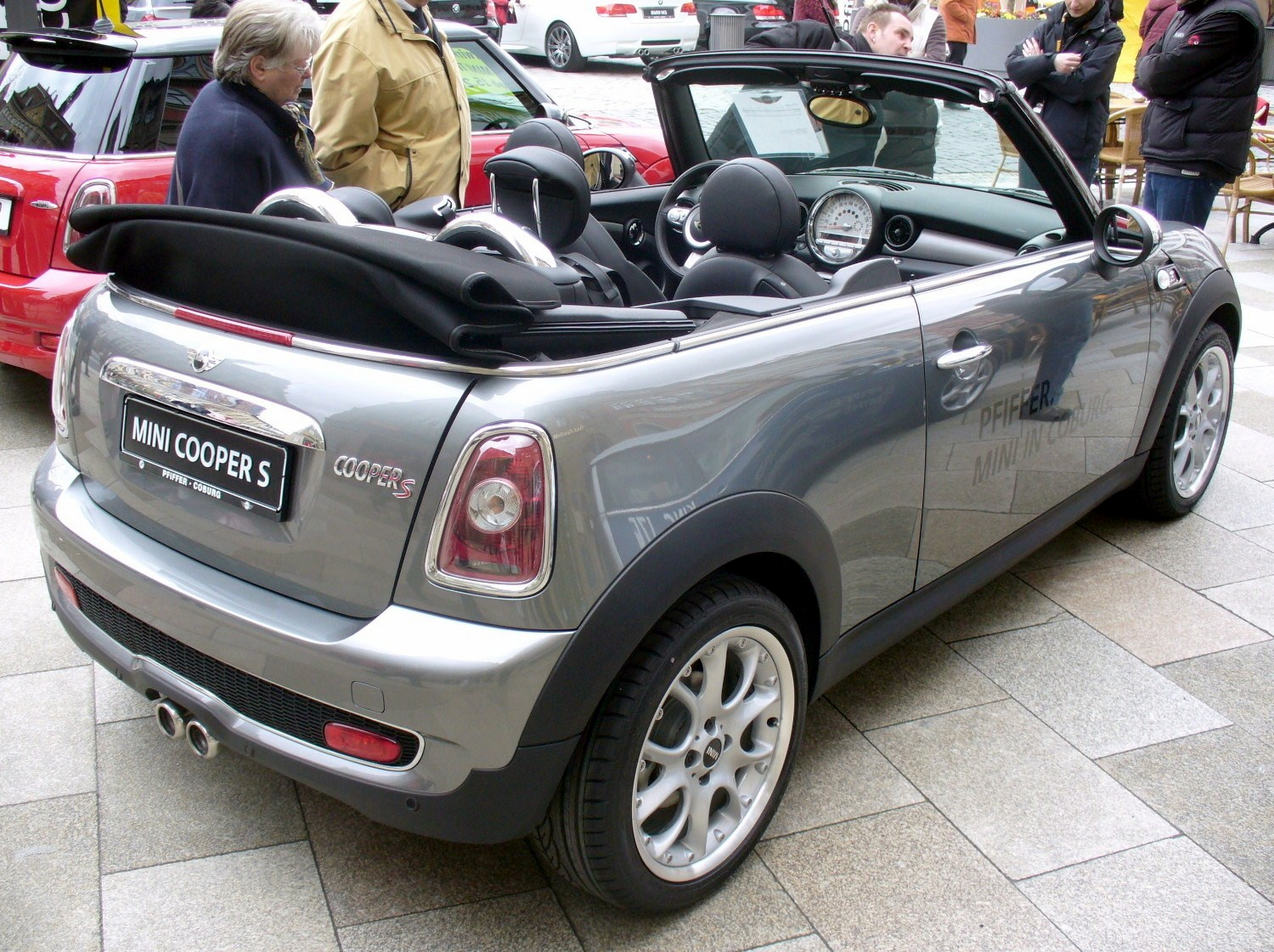 datei mini r56 cooper s cabrio darksilver heck jpg wikipedia. Black Bedroom Furniture Sets. Home Design Ideas