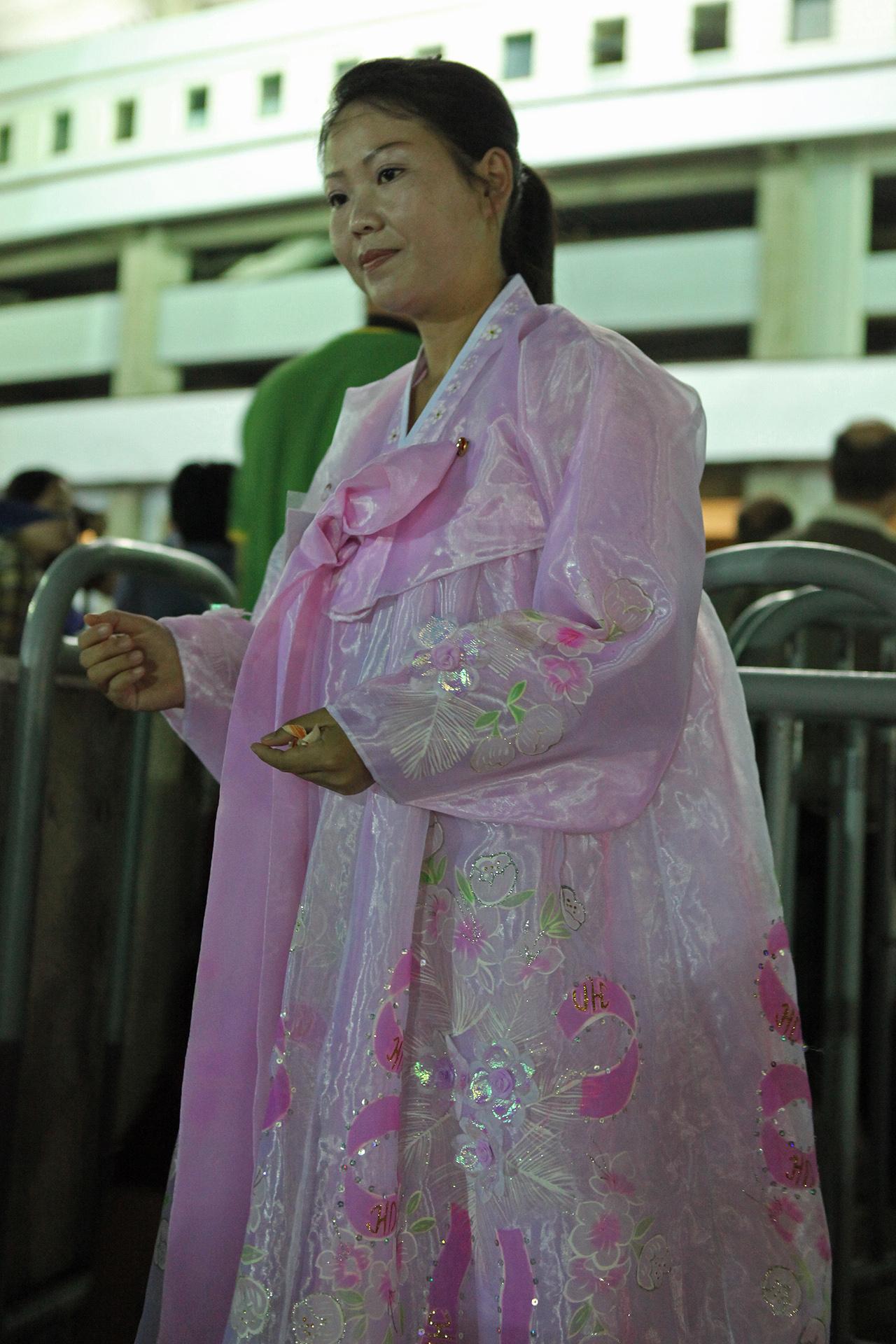 File:North Korea - Arirang ticket checker (5579449370) jpg