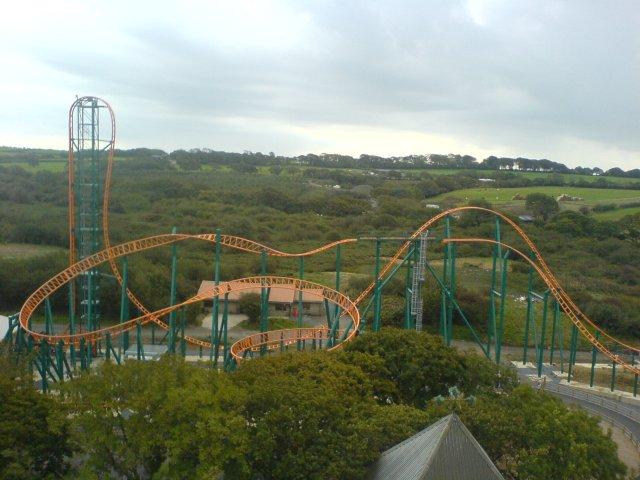Oakwood_Theme_Park-Speed_-_No_Limits_-_g