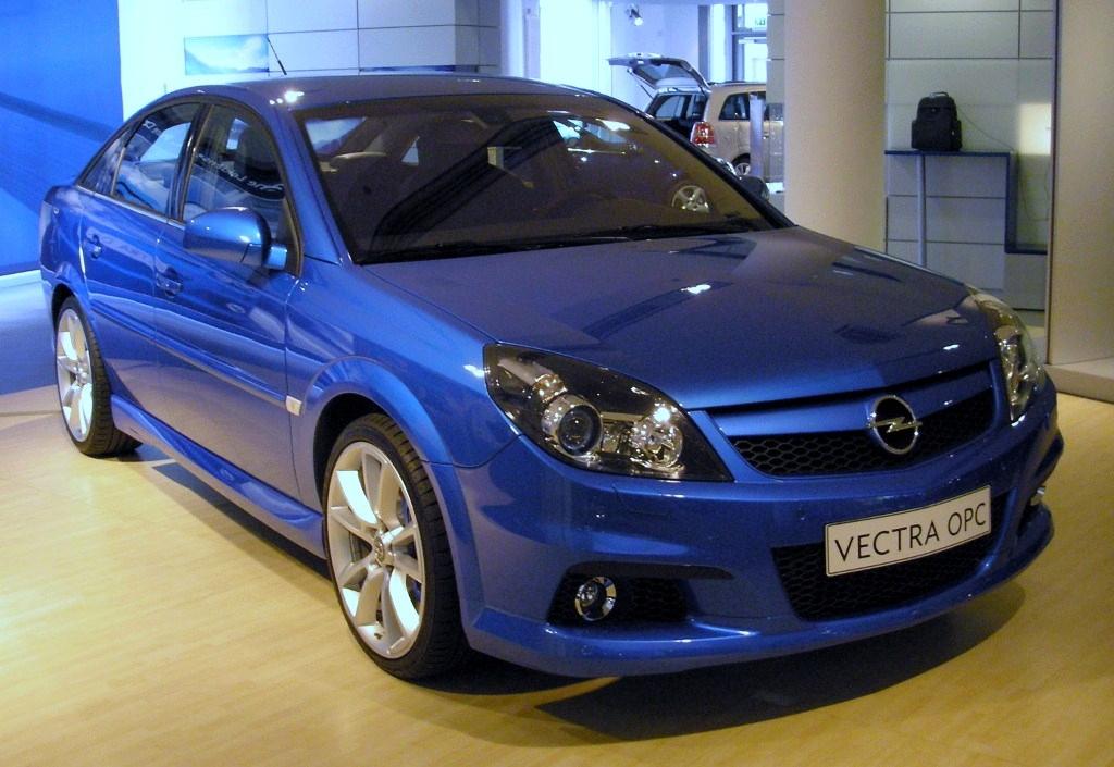 Opel_Vectra.JPG