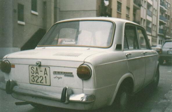 SEAT_850_rear.jpg