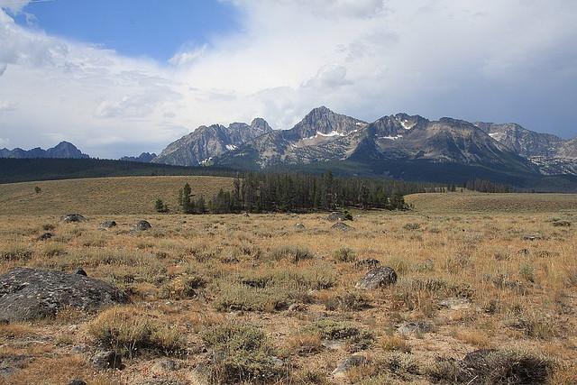 File:Sawtooth Range-Idaho.jpg