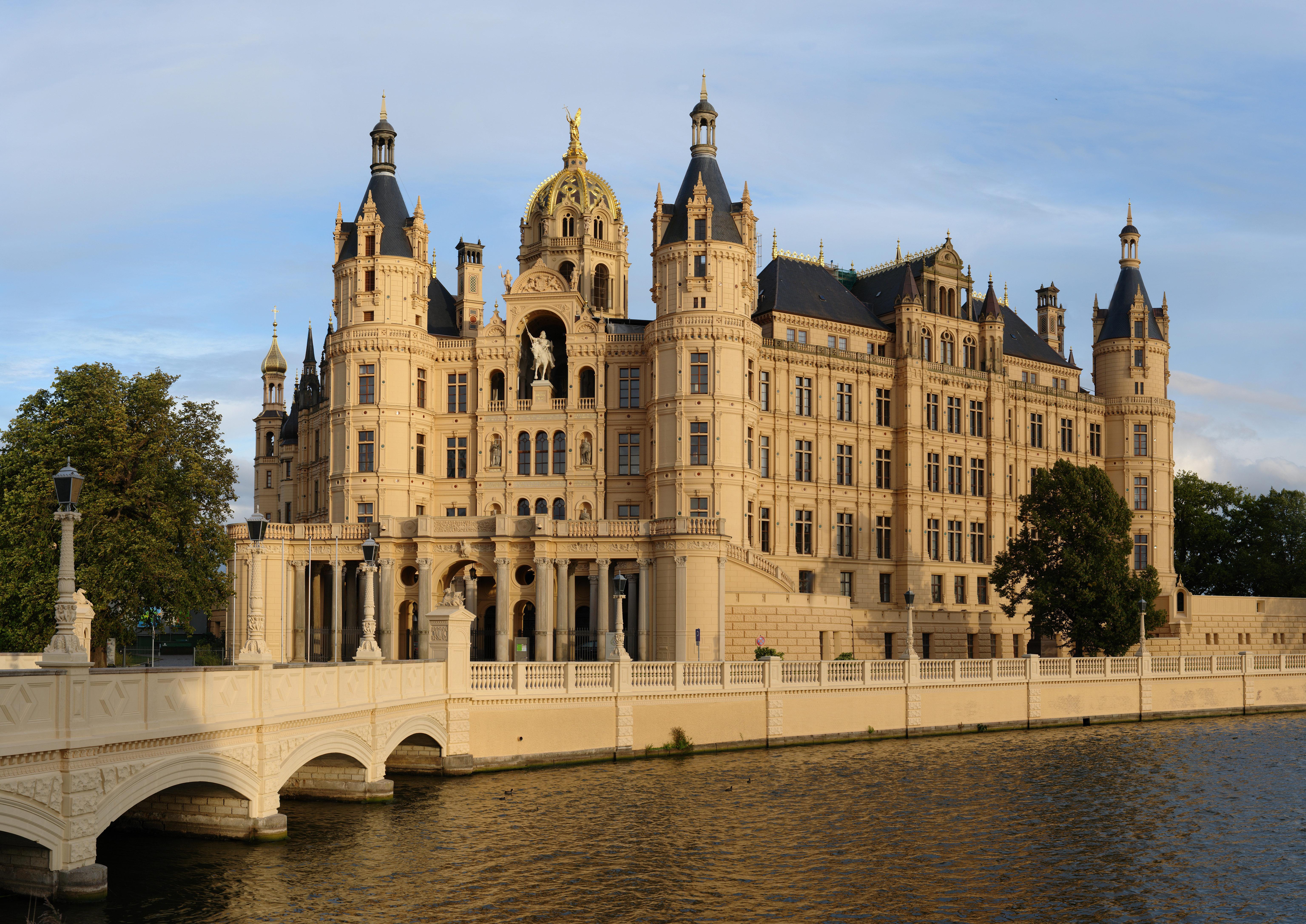 File Schwerin Schloss Gp Jpg Wikipedia