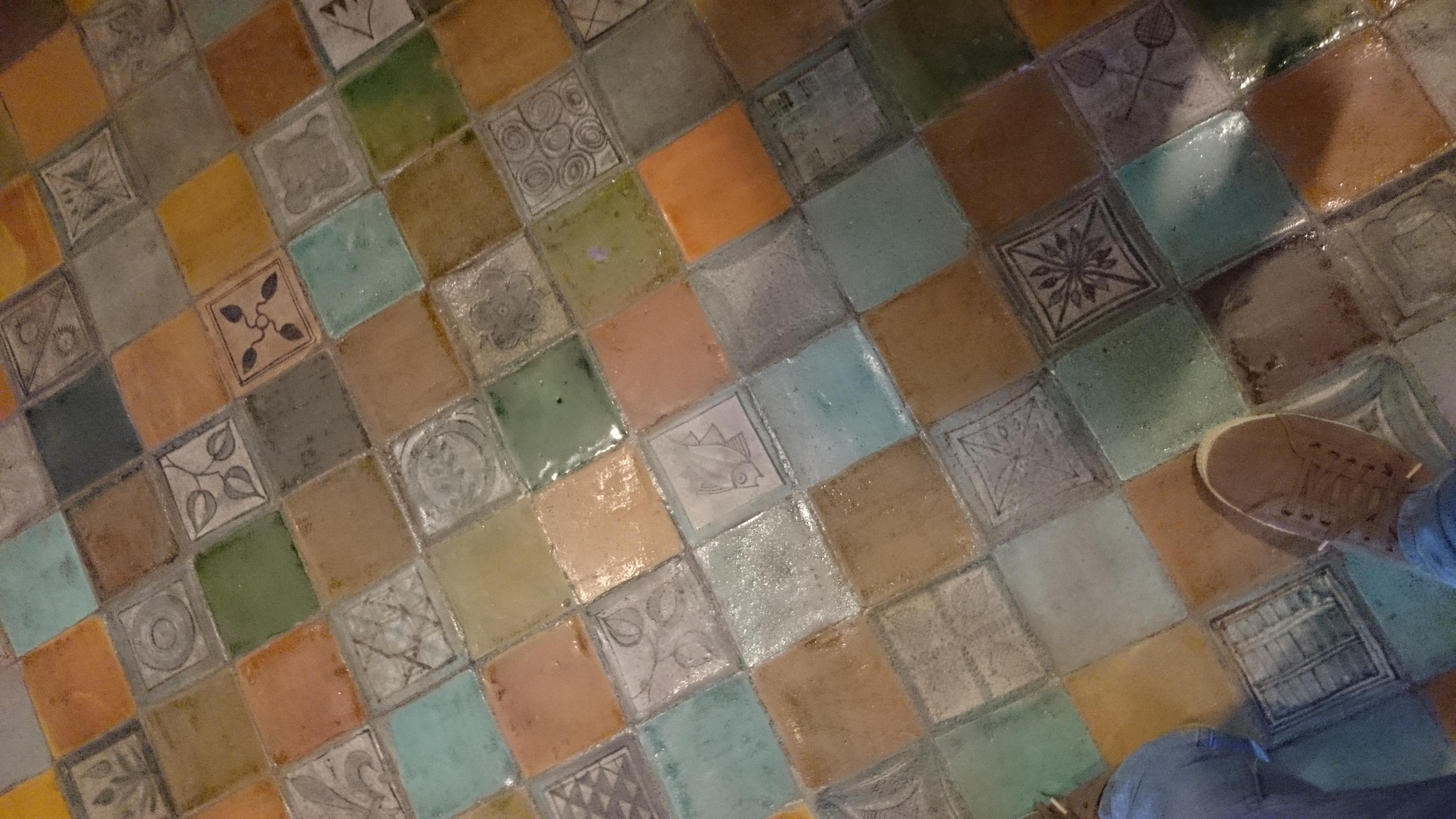 File sol de la chambre du pape palais des for Carrelage in english