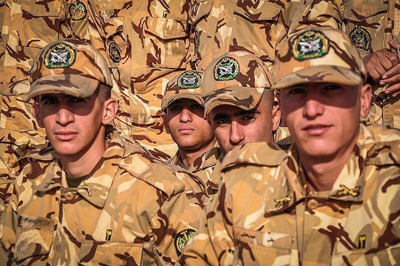 Iran Soldiers