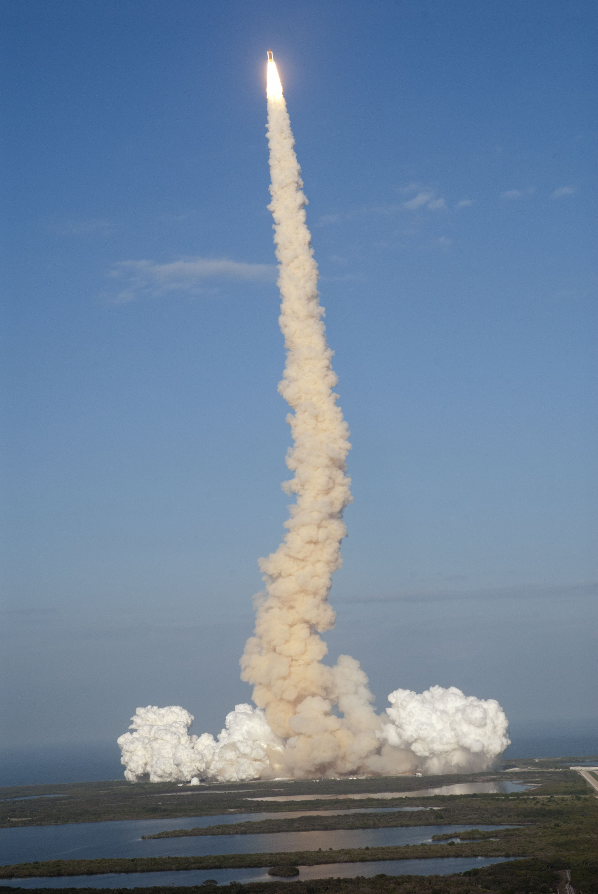 shuttle launch from space station - photo #15