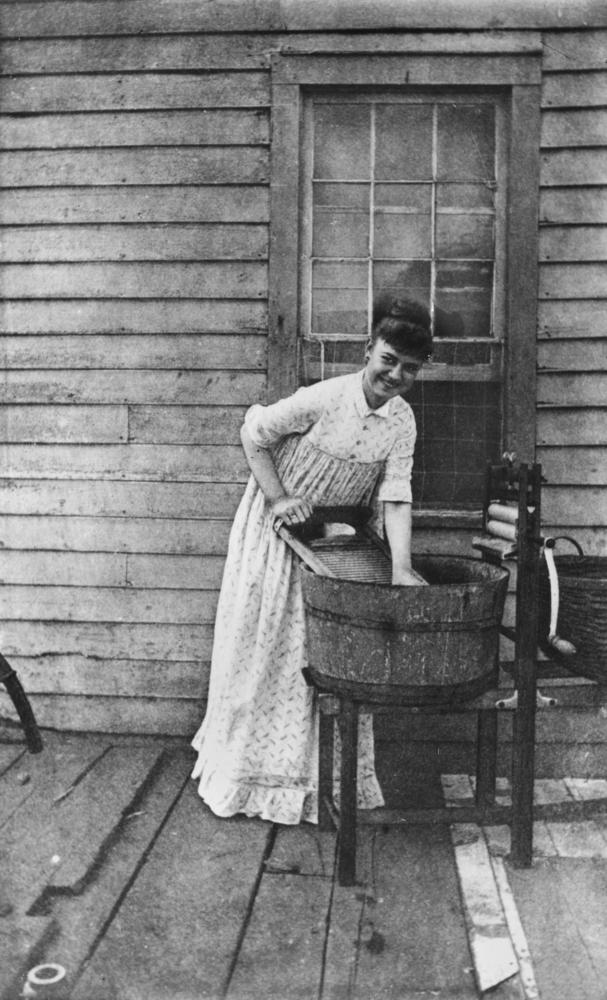File Statelibqld 1 70375 Woman Handwashing Clothes On The