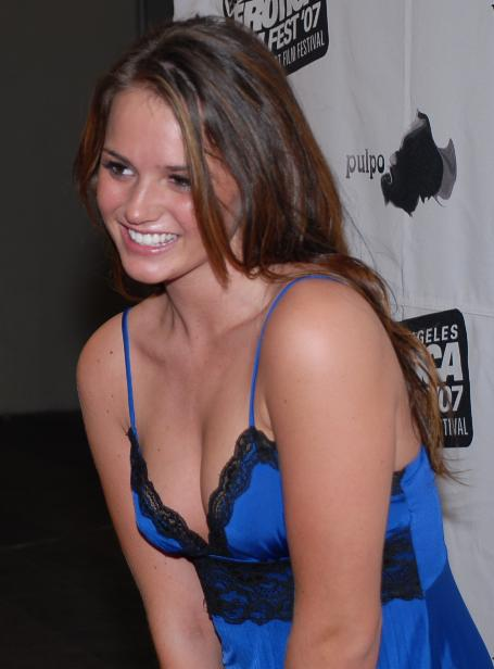 File:Tori Black at Erotic Film Festival 12.jpg