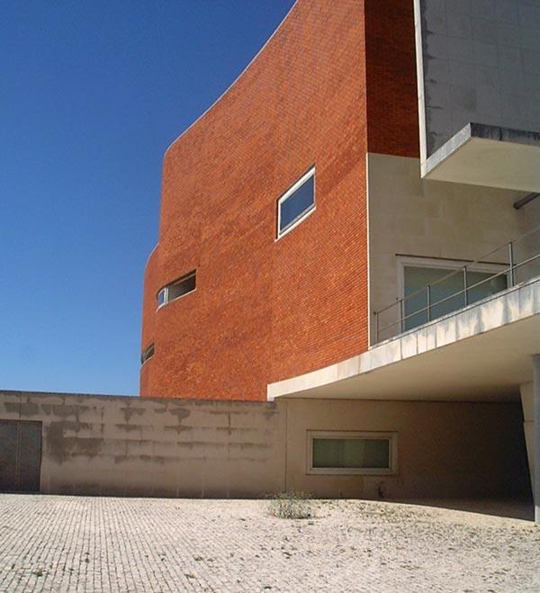Universitätsbibliothek Aveiro von Álvaro Siza Vieira