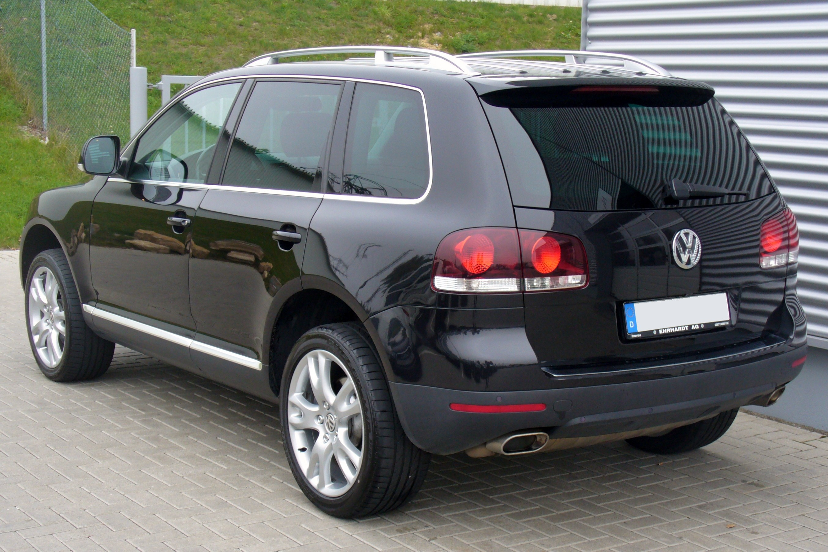 file vw touareg i v6 tdi black magic heck jpg wikimedia commons. Black Bedroom Furniture Sets. Home Design Ideas