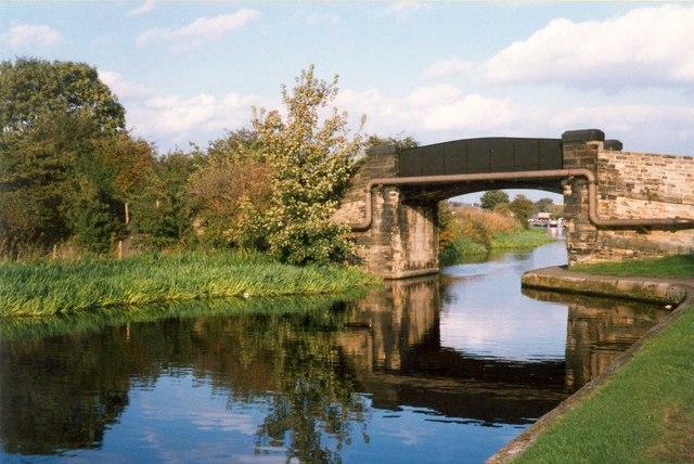 Wheatley's Bridge, Mirfield - geograph.org.uk - 726043