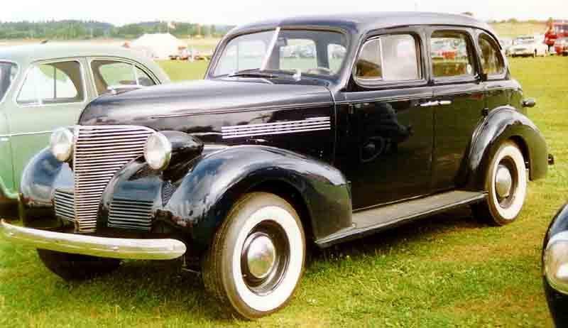 File 1939 chevrolet 4 door for 1939 chevy 2 door sedan