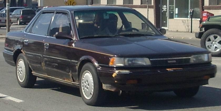 File 1987 90 Toyota Camry Sedan Jpg Wikimedia Commons