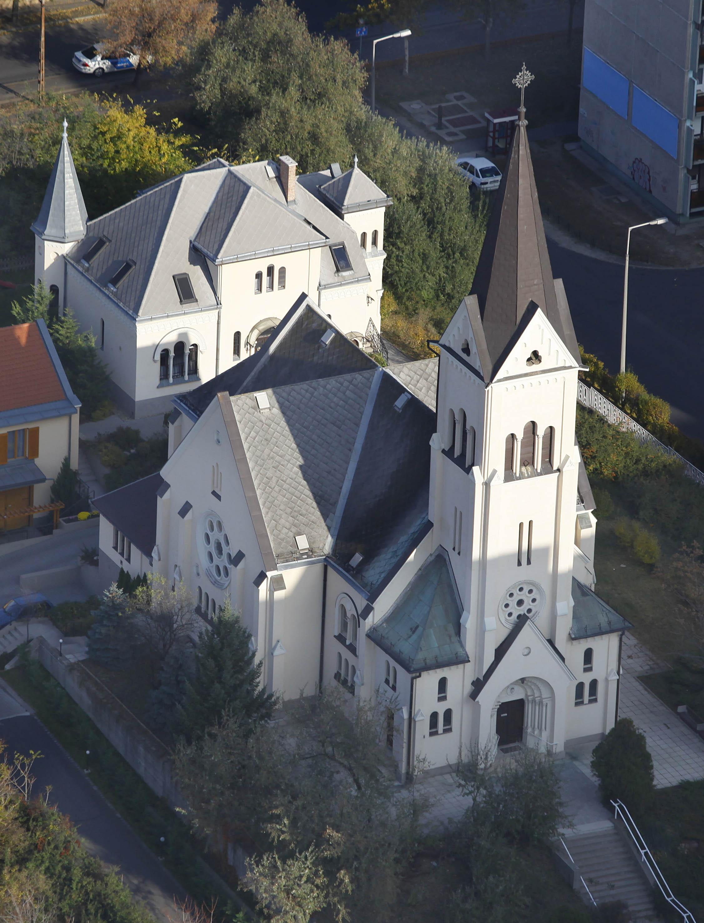 20.pesterzsebeti evangelikus templom.jpg