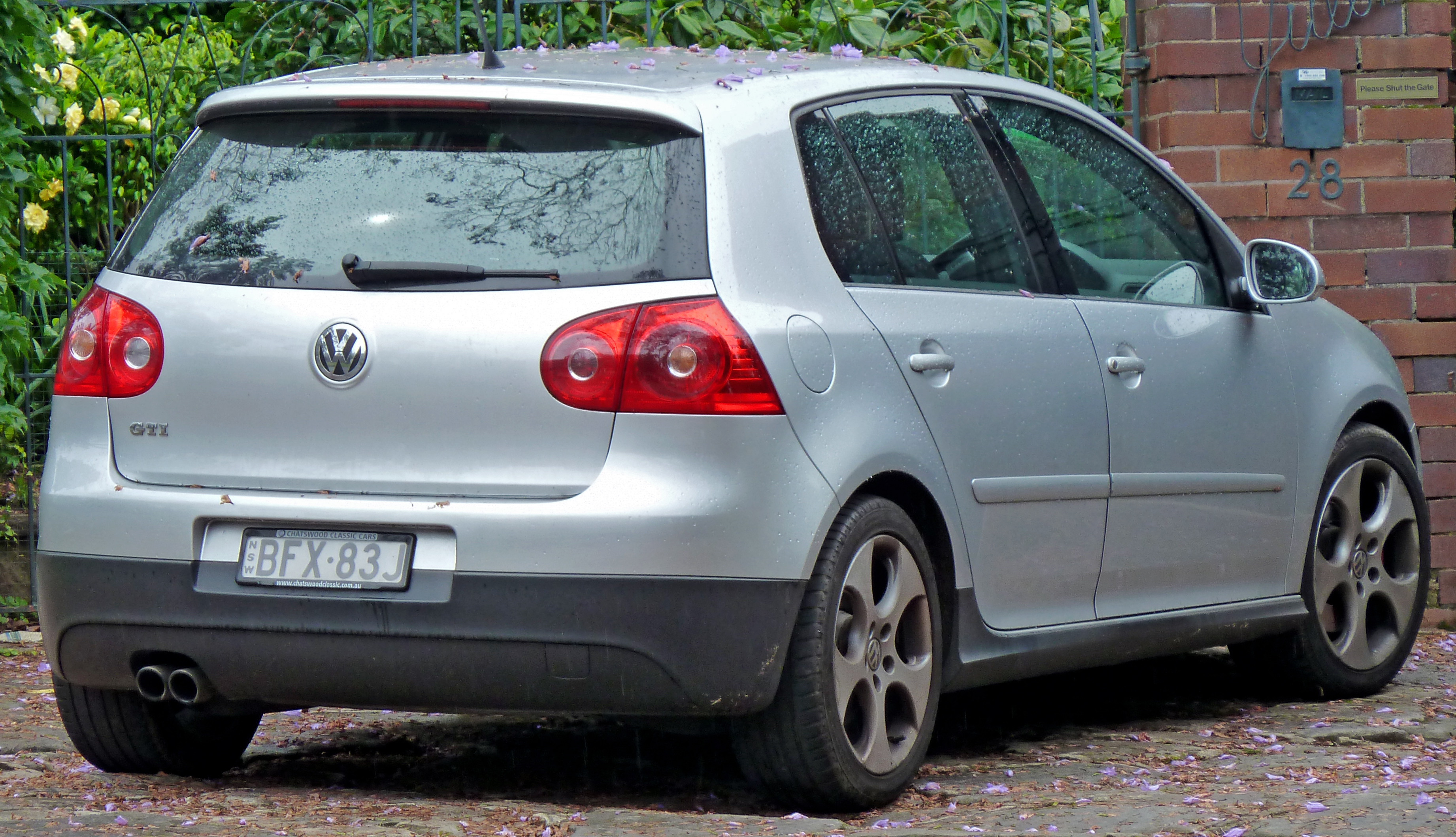 file 2008 volkswagen golf 1k my08 gti 5 door hatchback. Black Bedroom Furniture Sets. Home Design Ideas