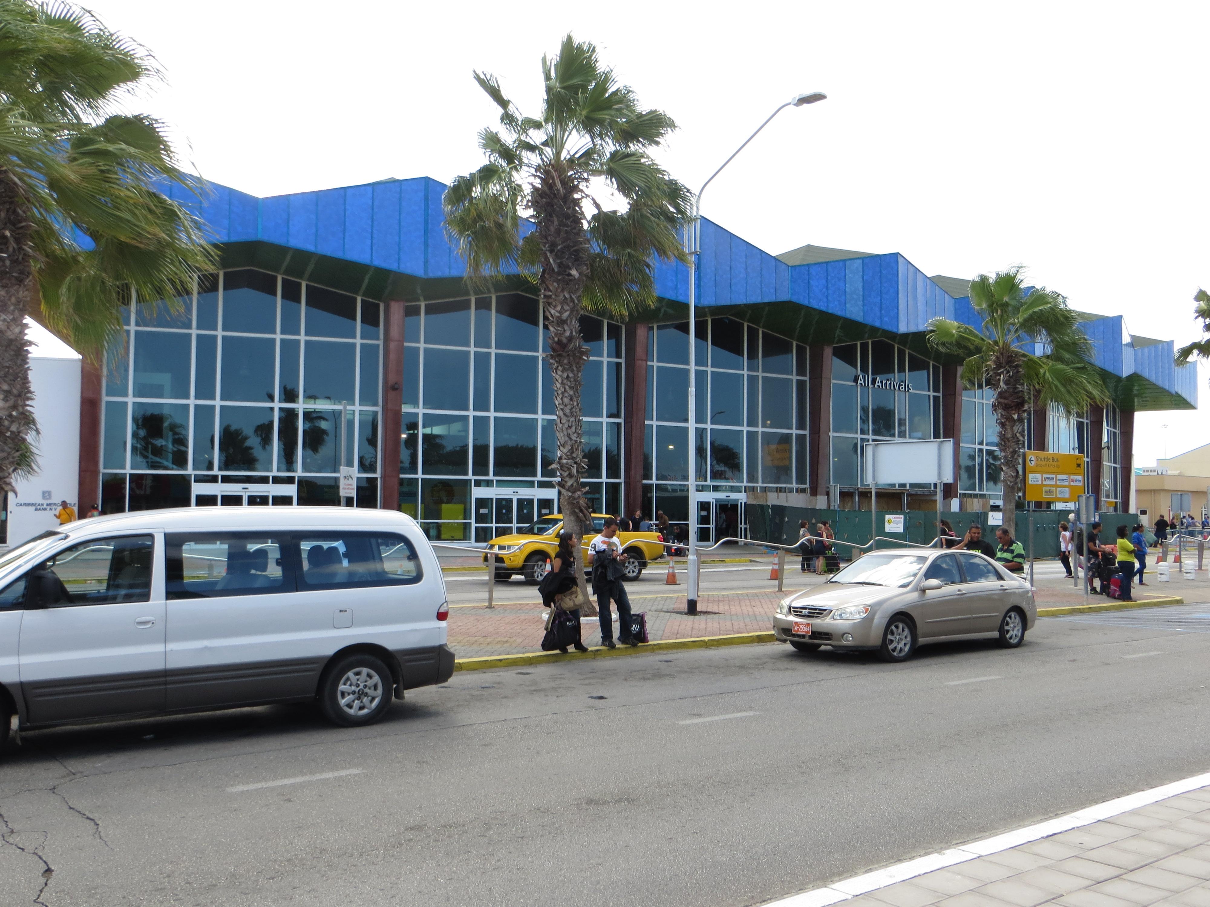 Queen Beatrix International Airport - Wikipedia