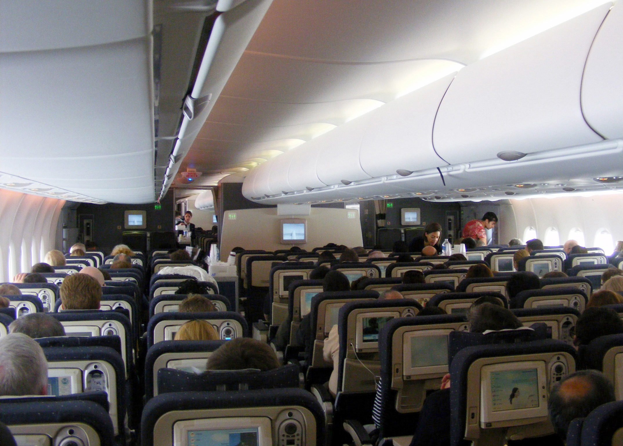 File air france a380 voyageur wikimedia commons for A380 air france interieur