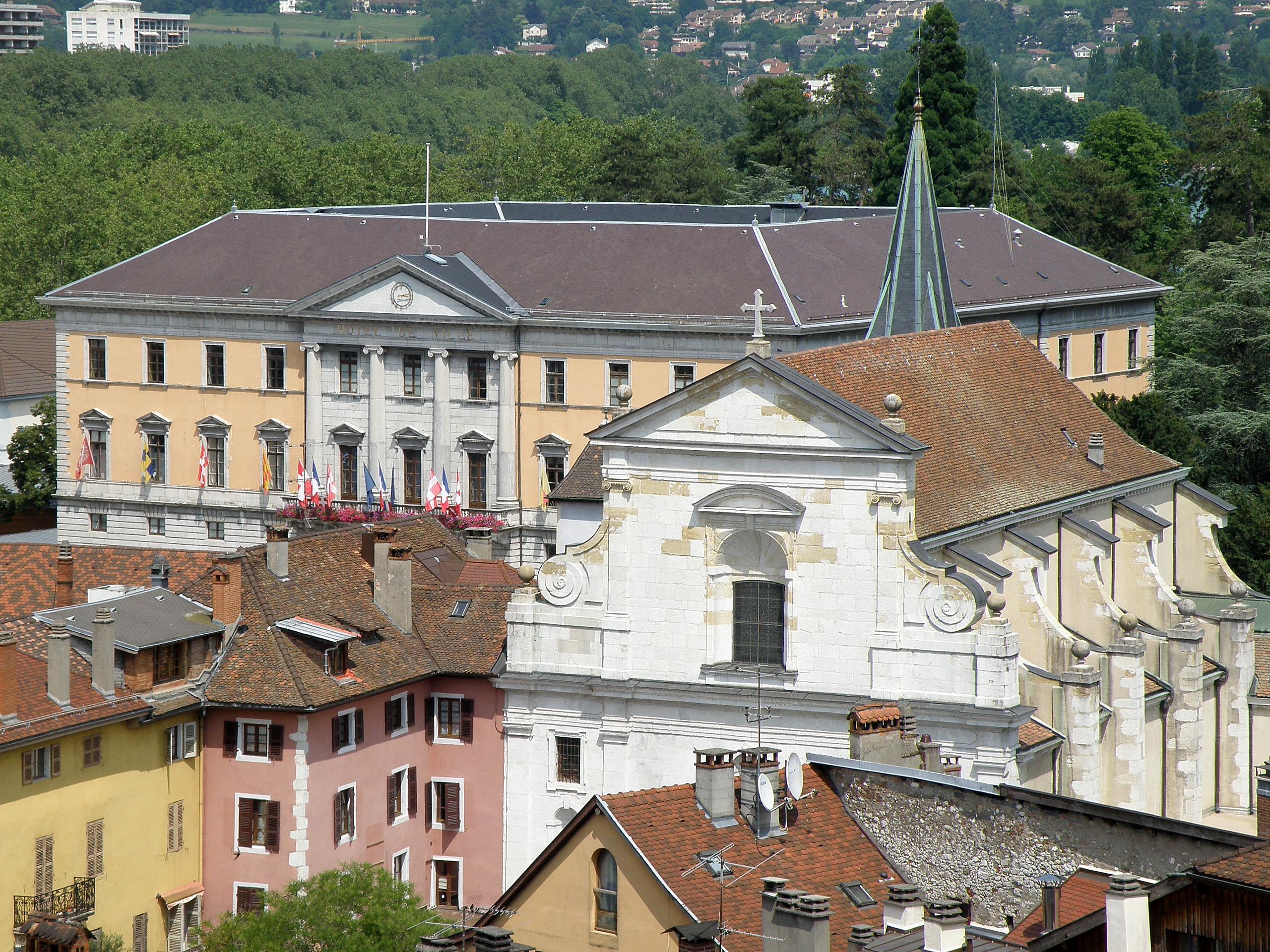 Hotel A Annecy Avec Piscine